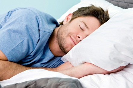 osa-pic-of-man-sleeping-in-bed